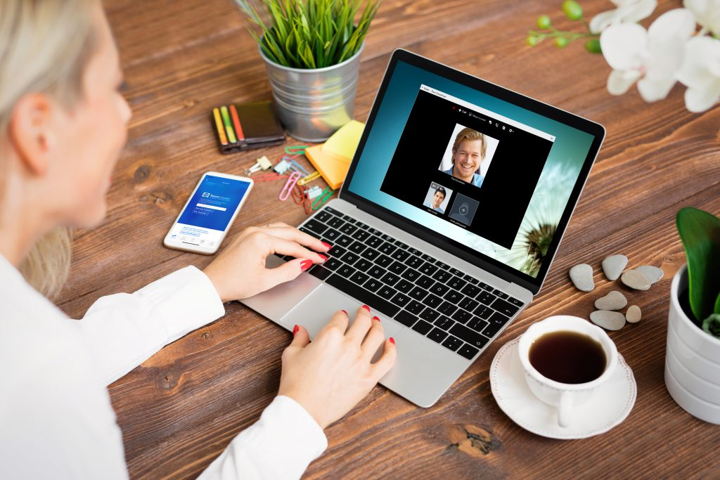 How to ace online meetings and presentations