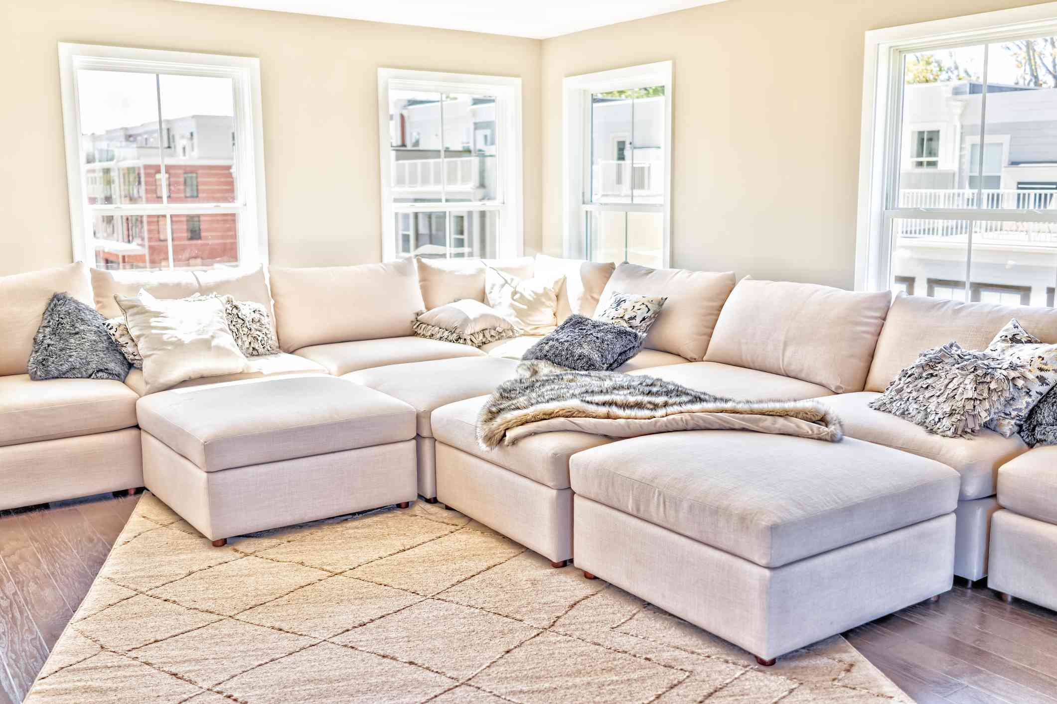 Tips to help you find quality rental furniture